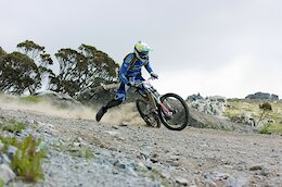 Video: Raw & Rugged 2000s Riding at Thredbo