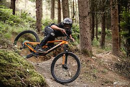 Photo Epic: Kade Edwards Let Loose on His Home Trails in Wales