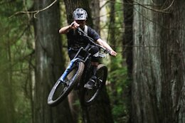 Raw Video: Rémy Metailler Smashes the Trails at Vedder Mountain