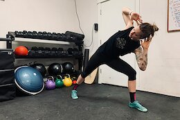 9 Exercises to Improve your Hip Mobility & Stability