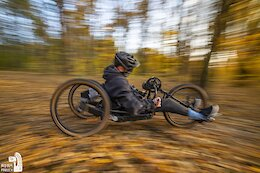 Video: Quadriplegic Freerider Shreds Local Trails in Kraków, Poland