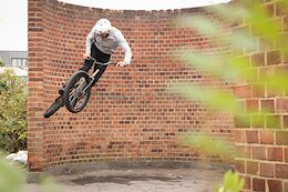 Video: Ben Travis Hits the Streets of London on his Trials Bike