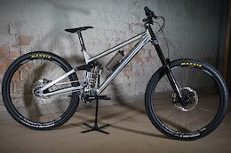 The Shredmaster is a High Pivot, 29er, Gearbox Downhill Bike That Takes a Water Bottle