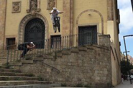 Video: Urban Freeride in Spain with Plenty of Stair Gaps