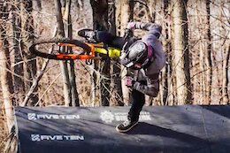 Video: Thinking Outside the Box in a Bike Park Jib Session