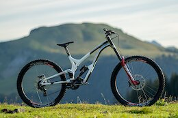 Review: 2021 Commencal Supreme DH 29/27 - DH Bike Week