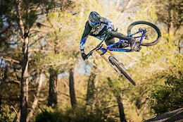Remi Thirion Signs for Giant Factory Off Road Team