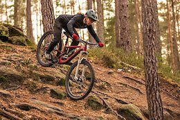 EWS Podium Contender Raphaela Richter to Represent Intend Suspension