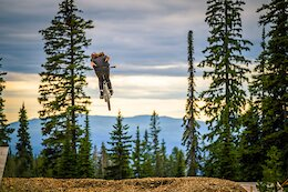 New Program 'Draft Team' Fosters Up & Coming Junior Slopestyle & Dirt Jumping Talent