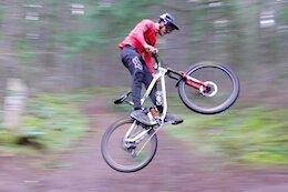 Video: Bas van Steenbergen Rips Down a Flow Trail in Duncan, BC