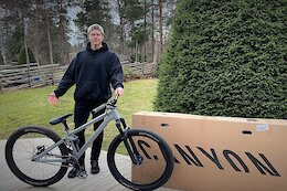 Anton Thelander Signs for Canyon CLLCTV