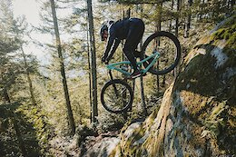 Video: Remy Metailler & Yoann Barelli Try to Ride One of the Gnarliest Lines in Squamish