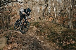 Video: Rapid Riding on Loose Trails in the Czech Republic