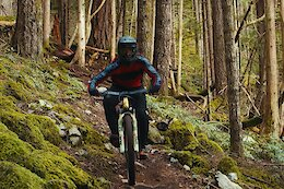 Video: 40 Seconds of Flat Out Shredding as Evan Wall Rips his Favorite Squamish Trail