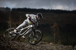 Video: Behind the Scenes at the UK Downhill Team Camp with Reece Wilson & Kade Edwards