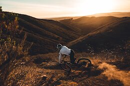 Video: Inner Workings on an MTB Photography Shoot with Luca Cometti & Heather Young