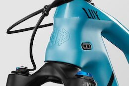 Tech Briefing: Soft Goods, DH Wheels, A Suction Cup Bike Rack & More - June 2021