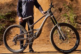 Spotted (Again): Prototype High Pivot Cannondale at Darkfest