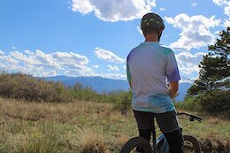 RAD Apparel Launches the Daydreamer Jersey Made From Recycled Polyester