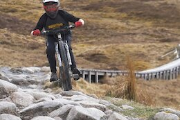 Video: A Rowdy Run Down the Fort William World Cup Course on a 120mm Hardtail