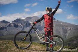 Bike Check: Loic Bruni's 'Not Quite Standard' Specialized Demo