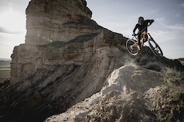 Video & Photo Story: Exploring the Monegros Desert by Motorbike & MTB
