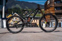 Bike Check: Danny Hart's Cube Two15 HPC Mullet Race Bike