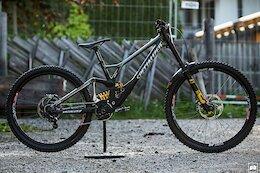 Bike Check: Finn Iles' Custom Specialized Demo - Leogang World Cup 2021