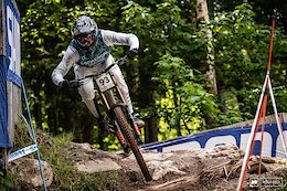 Update: Amaury Pierron Airlifted from French Cup DH Race