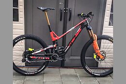 Spotted: Intense Tracer 279 Prototype Carbon Enduro Bike