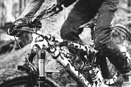 Rossignol Supports EWS Factory Team with Estelle & Clément Charles