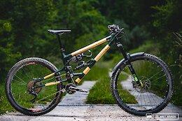 Riding Earthbound's High-Pivot Bamboo Bike