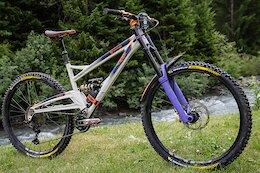 Bike Check: Joe Connell's Orange Stage 6 EWS Race Bike with a Dual Crown Fork