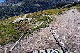 Video: Jack Moir Battles a Helicopter in his Winning Run POV of Stage 2 at the La Thuile EWS