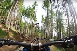 Video: Tahnee Seagrave Chases Fabio Wibmer Down Bikepark Innsbruck