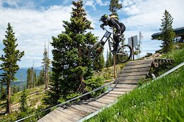 Video: The KHS Pro Team Take on the 2021 US National DH Championships