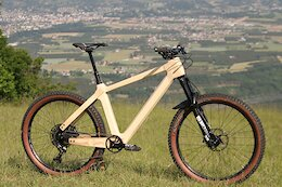 Bike Check: The Atelier Suji Wooden Hardtail is Handmade from Ash