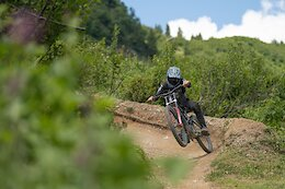 Video: Riding Haute Tension in Châtel Bike Park with Mateo Verdier