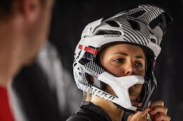 Spotted: A Lightweight Full Face Helmet from Specialized
