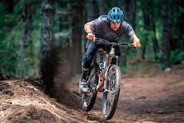 Video & Photo Story: Endless Downhill in Mexico in 'Perspectivas Frescas'