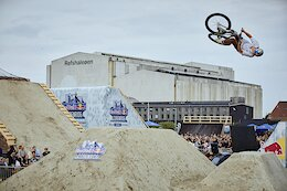 Event Report & Replay: Emil Johansson Wins Red Bull Copenride Slopestyle