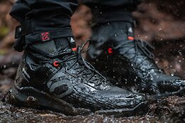 Five Ten Launches its First Gore-Tex Waterproof Flat Pedal Shoe
