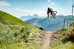 Video: Vinny T Styles His Way Through a Stunning Landscape