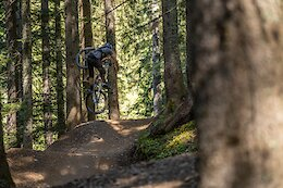 Video: Airtime on the Nico Vink Line in Châtel Bike Park