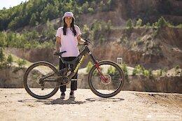 Bike Check: Veronique Sandler's Santa Cruz V10 - Audi Nines