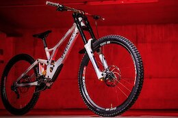 Updated - Social Round Up: Custom Bikes Bonanza From the Val di Sole World Championships