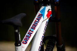 Mondraker's Custom Painted 3D Anaglyphic World Champs Summums
