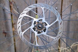Review: SRAM's New HS2 Rotors - Thicker is Better