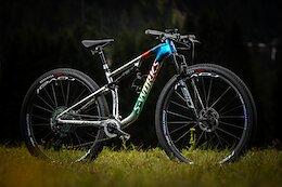 Bike Check: Sina Frei's Custom Rainbow Stripes Specialized Epic