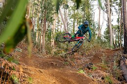 Video: Airtime & Riding Along Steep Cliff Sides in Madeira